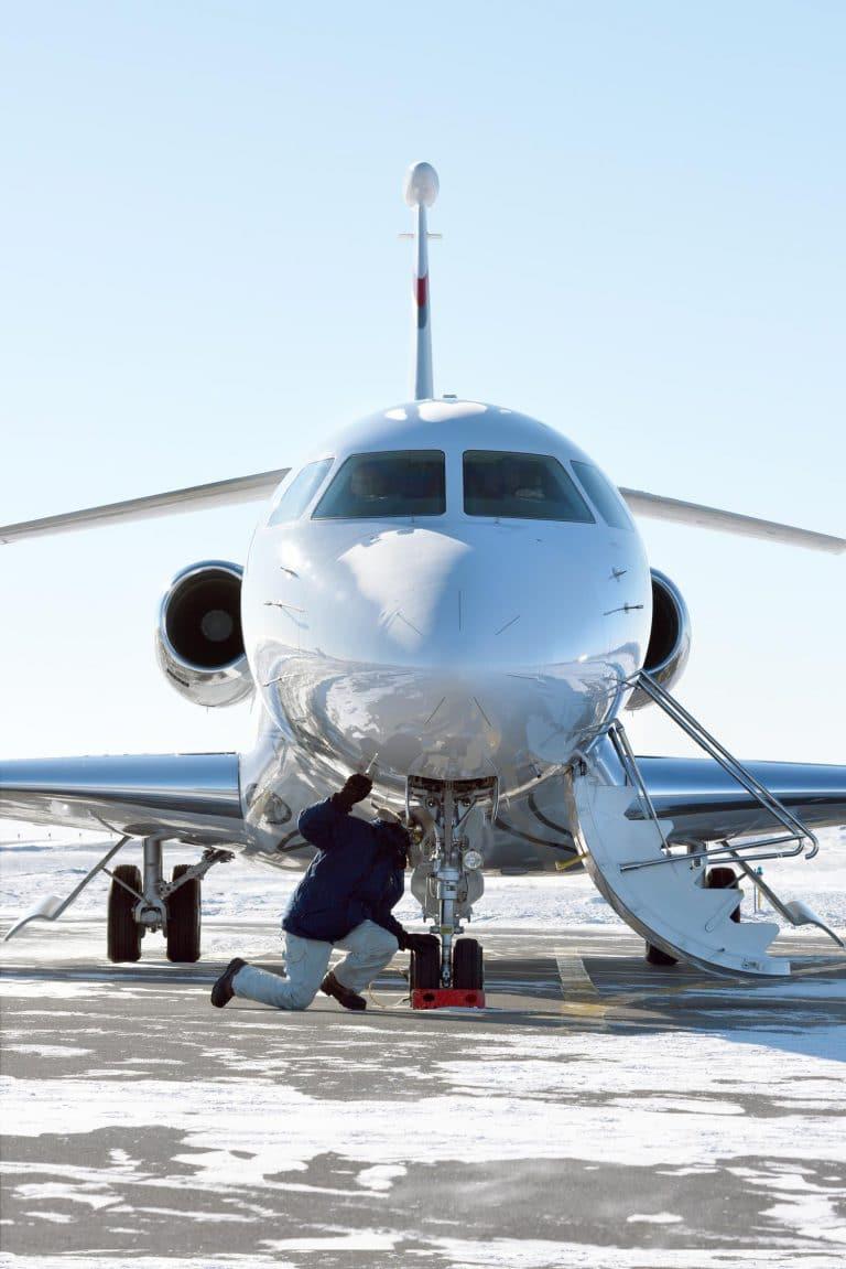 Essai de certification temps froid du Falcon 8X © Dassault Aviation – V. Almansa