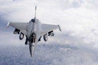 Rafale de l'Armée de l'Air Française en opérations extérieures (Opération Harmattan) - Vue en vol. Equipé d'AASM, Mica IR et de la nacelle Damoclès.