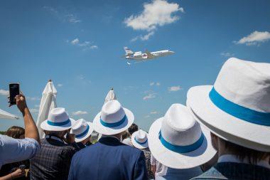Démonstrations en vol vues du statique civil Dassault Aviation.