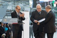 From left to right: Jean-Yves Le Drian (Minister of Defence), Laurent Collet-Billon (Head of French Defence Procurement Agency) et Eric Trappier (Chairman and Chief Executive Officer of Dassault Aviation) © Dassault Aviation - P. Sagnes