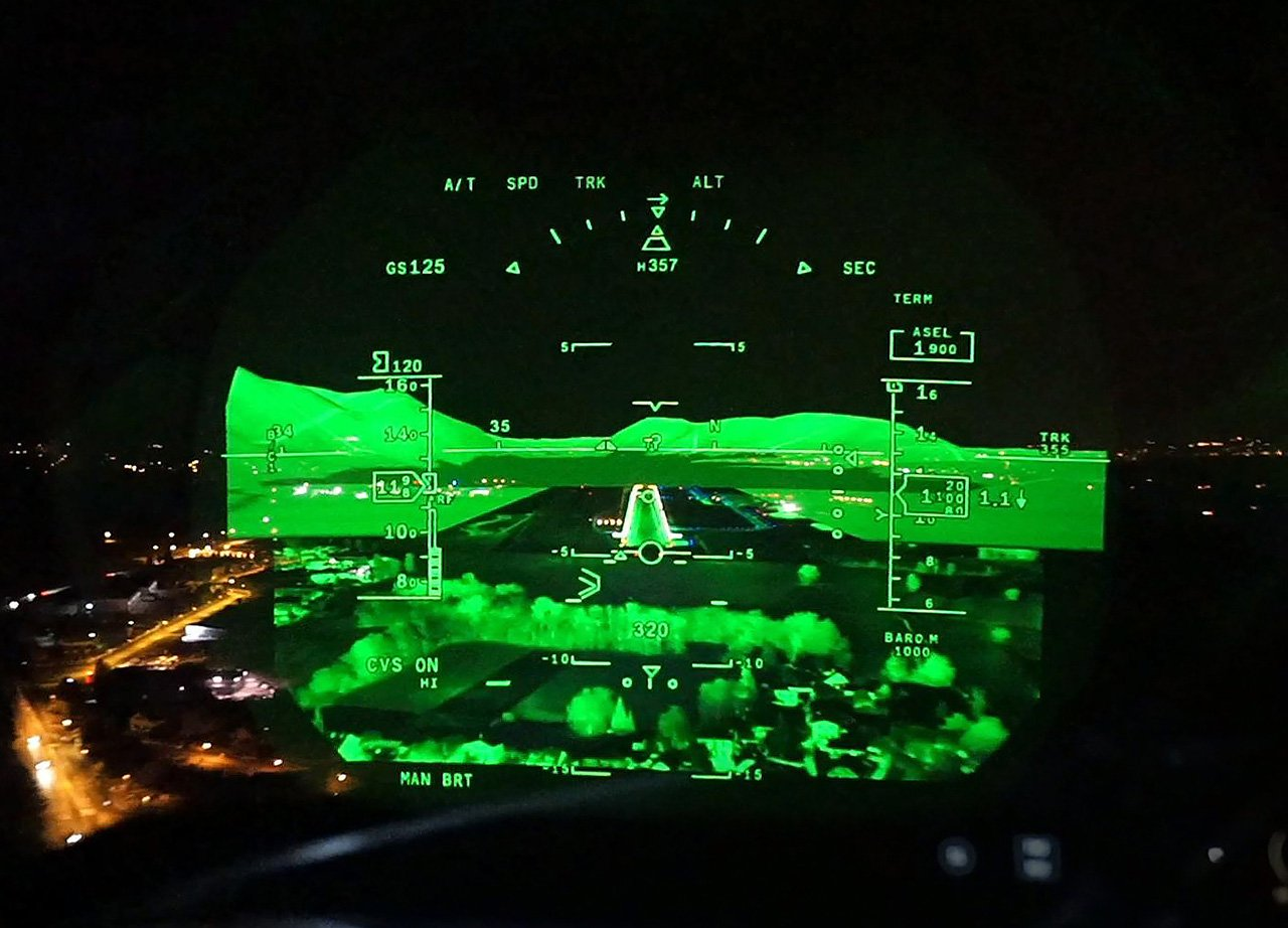 Dassault Combined Vision System Certified On Falcon 2000s