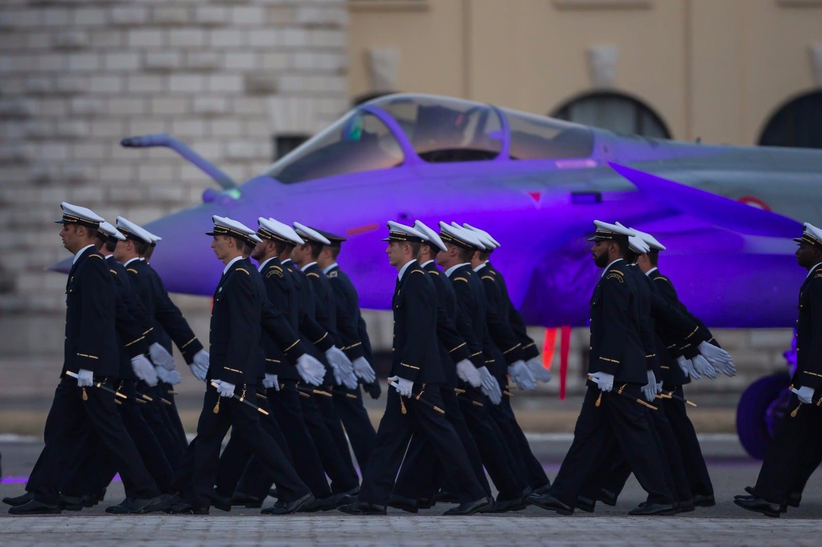 2016 dassault aviation spotlight for Base 701 salon de provence